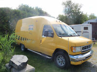 CUBE 2002 Ford E250, PAS BESION D INSPECTION