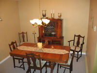 Gorgeous Antique Dining Chairs -5 regular; 1 arm chair