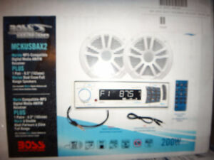 NEW MARINE STERIO AND SPEAKERS C/W REMOTE
