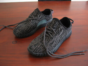 Adidas YEEZY BOOST 350 noire (taille 7 US)