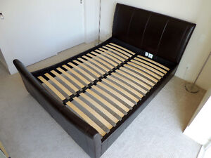 Gorgeous Queen Sleigh Bed (Fully Padded Bed Frame)