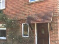 1 bed first floor garden flat to rent available now