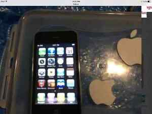 3GS iPhone (rogers) 8gb