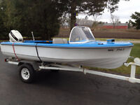 15 Fibreglass boat with 1990 40hp Johnson and trailer-like new