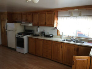 2 bedroom house $800 plus utilities