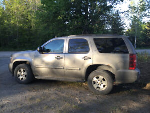 2008 Chev Tahoe. Great Shape $8000