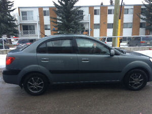 2008 Kia Rio Sedan with Summer and Winter Tires