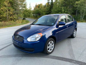 2011 hyundai accent  Only 72.000 km