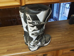 Fox Comp 5 Boots Size 9