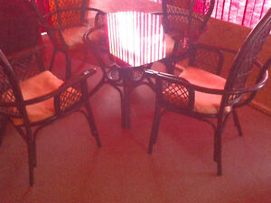 Bamboo Table And 4 Chairs With Cushions