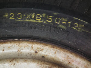 LAWN TRACTOR TIRES ON RIMS  23 X 850 X 12 Windsor Region Ontario image 4