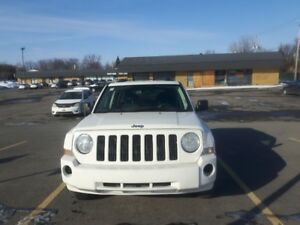 2008 Jeep Patriot, Auto,A/C,160K,Drive like New,Prêt à conduire!