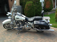 2002 Harley Road King Classic Touring Model