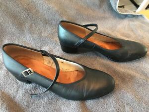 Capezio leather Tap Dance shoes women's size 10