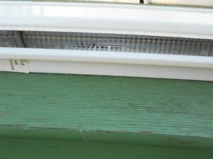 HEATER  ELECRRIC BASEBOARD  8FT 6 INCHES Windsor Region Ontario image 4