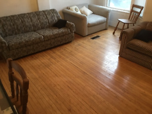 One bedroom available Immediately in College & Ossington area