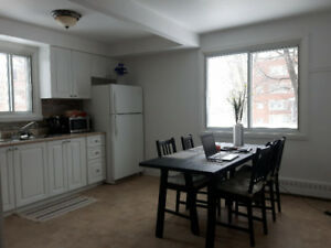 Beautiful 1 bedroom for rent in Dorval, available March 1st