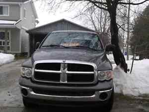 2004 Dodge  Ram 1500 Hemi Kitchener / Waterloo Kitchener Area image 1