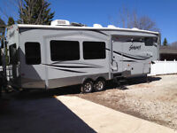 2013 Forest River Silver Back 5th Wheel Trailer