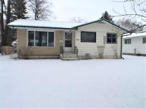 Immediate Possession, 3 bedrooms, 2 bath in Portage la Prairie