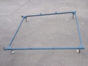 cadre de lit simple ou double / Base de lit