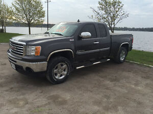 2010 GMC Sierra 1500 All Terrain GFX Pickup Truck
