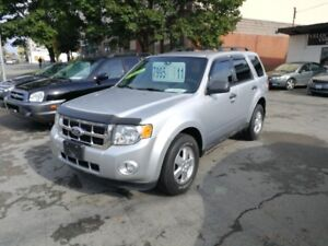 """THIS WEEK SPECIAL"" 2011 Ford Escape XLT ""REDUCED"""