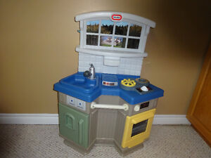 Various toys for sale in great condition