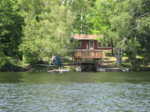 Waterfront Cottage with Boat avail. Sept 22nd to 29th