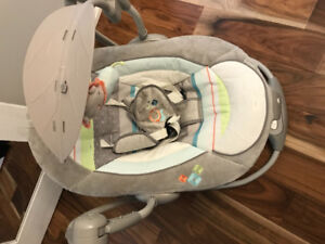 Ingenuity 2 in 1 baby swing/vibrating chair