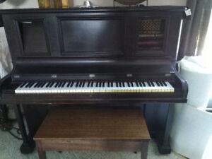 Unique Piano