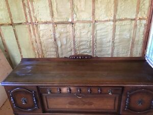 Antique Buffet/ Cabinet - new price its got to go! West Island Greater Montréal image 3