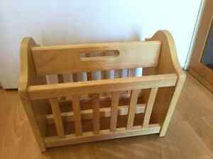 Winsome Wood - Solid Wood - Magazine Rack Windsor Region Ontario image 1
