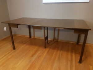 Expandable wood table - *NEW PRICE*