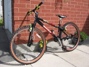 Used, mint condition Planet X Zebdi trials/street bike Cambridge Kitchener Area image 1