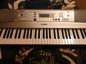 Keyboard Piano with charger