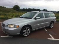 Volvo V70 2.4 D5 SE Estate HUGE SPEC see below