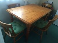 SOLID PINE SHABBY CHIC FARMHOUSE TABLE AND 4 CHAIRS
