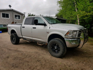 2017 Dodge 2500 Cummins. Sell or Trade