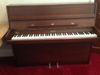 PIANO. MINI EAVESTAFF UPRIGHT