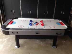AIR HOCKEY TABLE by SPORTCRAFT
