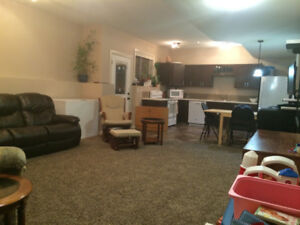 Modern 2br Suite Lacombe