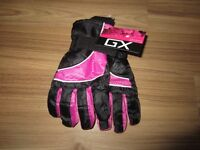 "GIRLS ""GX"" GLOVES - SIZE 4 - 6X - NEW!"