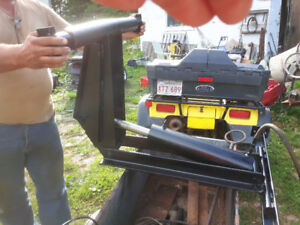 Electric/Hydraulic lift. Came off a dump bead. Works. $400