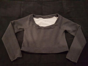 lululemon Cropped Sweatshirt - Size 6