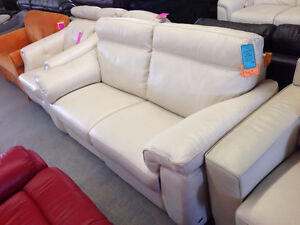 Quality Loveseats - We Pay the HST Cambridge Kitchener Area image 6