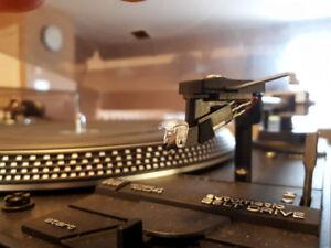 Vintage Dual 1254 Automatic Turntable