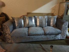 Crushed Velvet Settee (Silver)(3 seater)