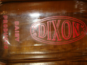 DIXON SQUARE QUART MILK BOTTLE - NICE CLEAN BOTTLE! London Ontario image 1