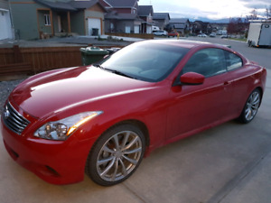Infiniti G37s Coupe -  low kms, winter and all season tires.